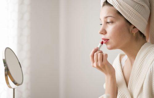 Tajne lagane šminke: Za 10 minuta do sjajnog rezultata (VIDEO)