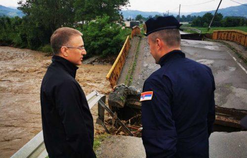 Stefanović: Država uz stanovništvo u poplavljenim opštinama, boriće se i nikoga neće ostaviti na cedilu