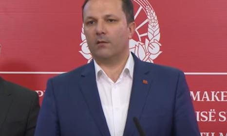 Premijer Severne Makedonije negativan na koronu, ali ostaje u samoizolaciji: Otkrio i zbog čega
