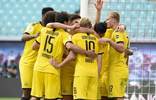 U Borusiji ne sede skrštenih ruku: Dortmund doveo defanzivca PSŽ-a, biće OZBILJNO pojačanje! (FOTO)