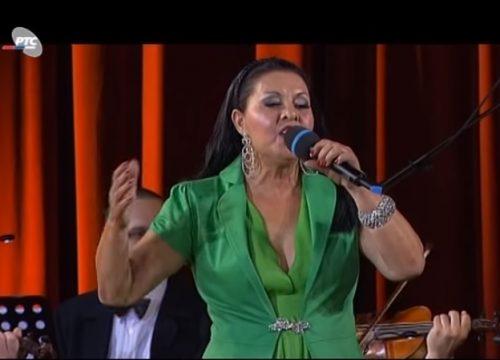 Ovako je nekada Usnija Redžepova pevala Titu i Kastru na Brionima! (FOTO)