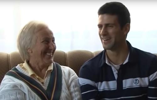 Prvi njihov susret zauvek se PAMTI! Jedan Novakov gest stvrorio je NERASKIDIVU vezu! (VIDEO)
