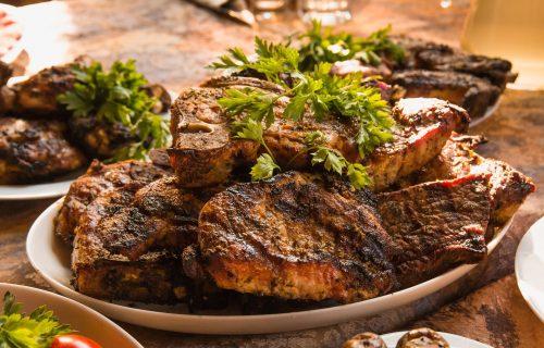 Ako ručate meso, obavezno jedite i OVO POVRĆE: Tajna je u načinu pripreme - ovako ćete sačuvati vitamine