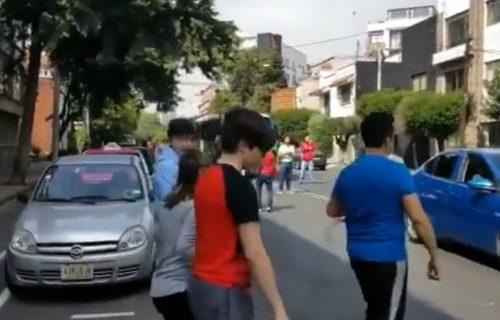 Snažan zemljotres pogodio Meksiko: Raste broj žrtava, ljudi izašli na ulice (VIDEO)