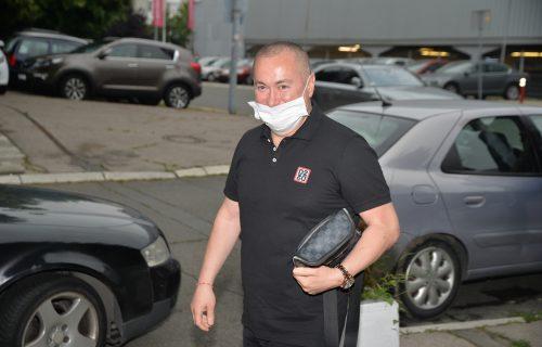 Prekinut Đanijev koncert! Inspekcija upala u klub, pa zatekla KORONA ŽURKU