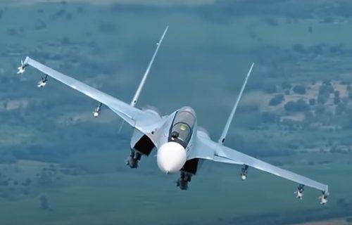 Napeto iznad Crnog mora: Ruski Suhoj presreo dva američka aviona