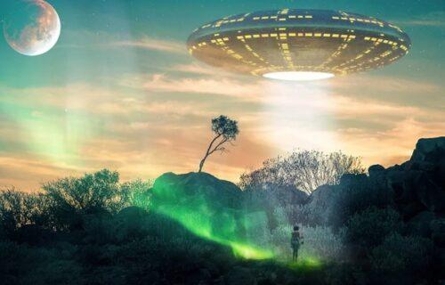 Ako planetu NAPADNU vanzemaljci on će predvoditi svet: Izbor je logičan, a njegov odgovor MOĆAN (FOTO)