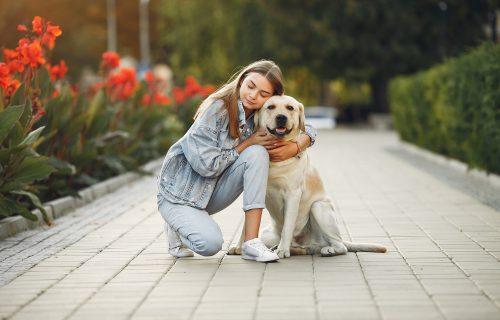 Savetovali su joj da se OTARASI psa, a da ih je poslušala danas ne bi bila ŽIVA! (FOTO)
