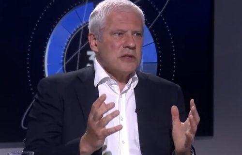 """""""Odlazi, gubi se""""! Pogledajte kako je Boris Tadić OTERAN sa demonstracija u centru Beograda (VIDEO)"""