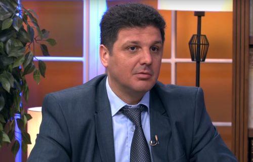 Jugović: Tajkunski mediji vode prljavu kampanju protiv Vučića