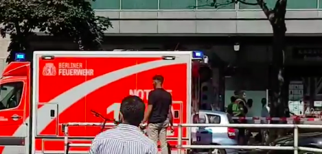 Opsadno stanje u centru grada: Pljačka banke u Berlinu, ima POVREĐENIH (FOTO+VIDEO)