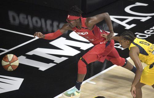 NOVI SKANDAL U SAD: Košarkašice odbile da slušaju himnu, napustile teren (VIDEO)