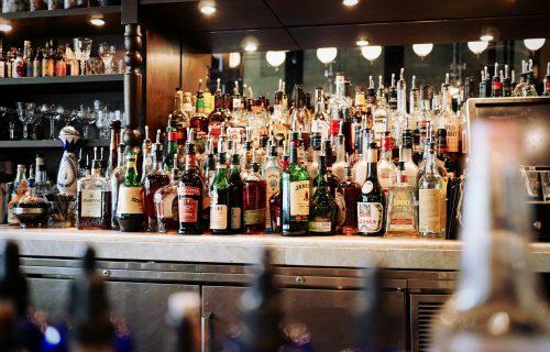 Od piva, preko rakije, do koktela: Koliko KALORIJA sadrže vaša omiljena ALKOHOLNA pića?