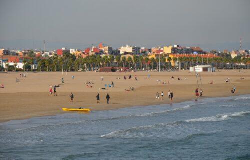 Pazite se PREVARE: Porodično otišli na letovanje u Španiju, a kada su došli do hotela SVE IM JE PRESELO