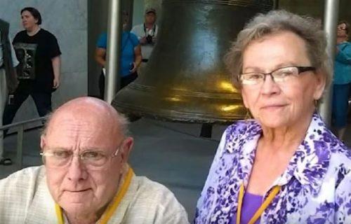 Bili u braku 53 godine, preminuli od korona virusa u sat vremena držeći se za ruke