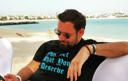 Bio je u braku sa Jelenom Karleušom: Danas živi LUKSUZNO i mnogi ga ne prepoznaju! (FOTO)
