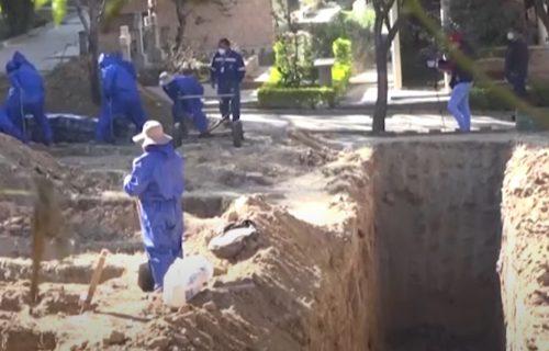 Naređeno kopanje MASOVNIH GROBNICA: Očajnički potez vlasti siromašne južnoameričke zemlje (VIDEO)