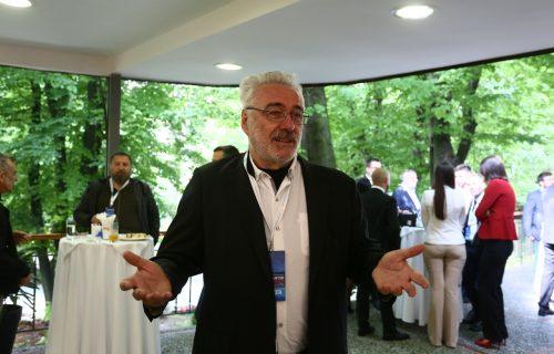 Dr Nestorović napustio kliniku: Dobio sam ŠUT-KARTU, iz kancelarije sam izneo više od 150 litara alkohola