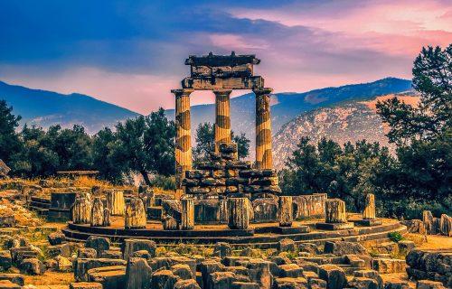 Delfi: Centar drevnog sveta obavijen velom mitova (FOTO+VIDEO)