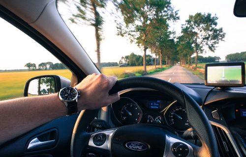 7 saveta za BEZBEDNO putovanje u doba korone: Evo kako da pripremite i dezinfikujete auto