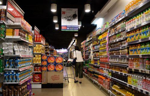 Građani Srbije u junu kupovali za 9,6 odsto više nego lani