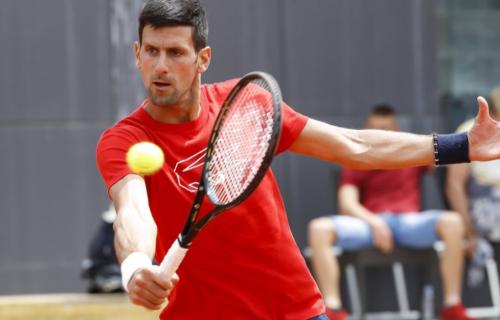 Novak izašao na teren u Beču: Održao MNOGO JAK trening pred početak turnira (VIDEO+FOTO)