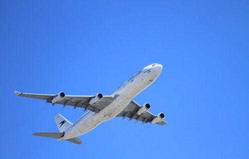 Zaplašeni putnici: Velika PROVOKACIJA Turske, avion sa grčkim ministrom držali u vazduhu 20 minuta!
