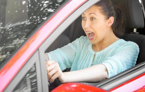 6 trikova da zaustavite automobil ako OTKAŽU kočnice (FOTO)