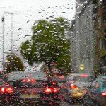 Vozači, OPREZ: Očekuju se otežani uslovi za vožnju i GUŽVE u gradovima