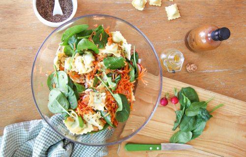 Osvežavajuća mega salata: Vitaminska bomba za vruće dane (RECEPT)