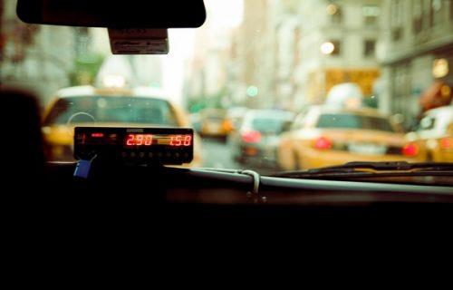 Taksista ljubazno smestio devojčicu (12) u kola, pa je SILOVAO: Dete je sve ispričalo roditeljima