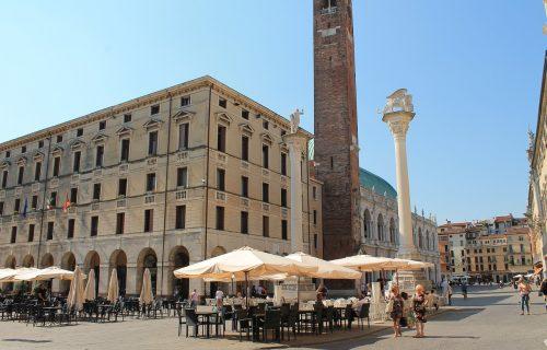 Buknulo novo žarište u Italiji: Za KATASTROFU krive menadžera koji se vratio sa Balkana