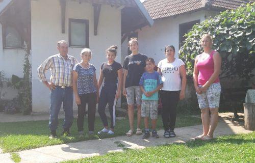"""Cena jedne voćke skočila 30 odsto: """"OPSADNO STANJE"""" na imanju Markovića, roba već ide iz zemlje"""