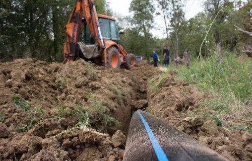 Banja Vrujci satima bez vode: Pukla glavna cev, ekipe na terenu saniraju kvar (FOTO)
