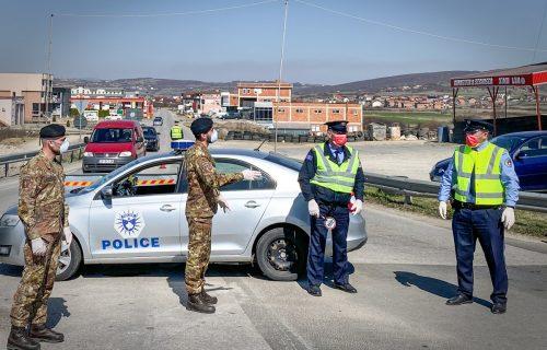 KFOR posvećen bezbednosti svih građana na KiM: Pukovnik Rajli sa gradonačelnikom Kamenice