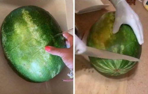 Isecite lubenicu kao PROFESIONALAC: Za samo nekoliko minuta ćete dobiti slasne i jednake PARČIĆE (VIDEO)