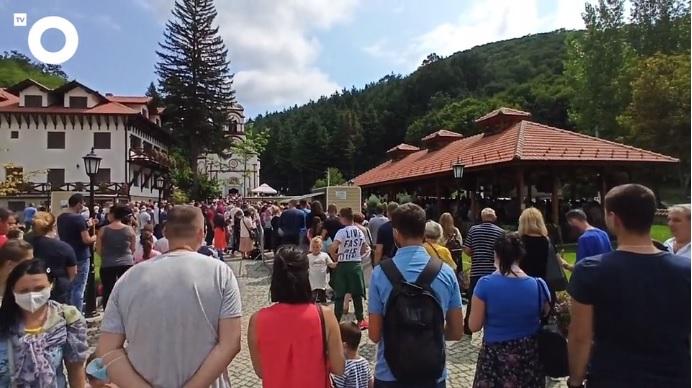 Manastir Tumane: Gde se nalazi i kakva vas tamo očekuju čuda, ozdravljenja i molitve (VIDEO)