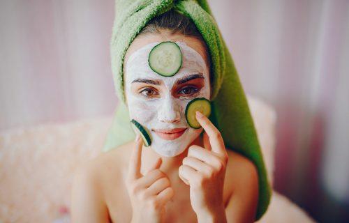 Osvežava i podmlađuje kožu: 4 domaće maske za lice od krastavca (RECEPTI)