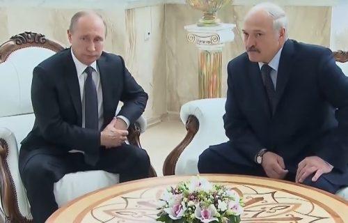"""Putin čestitao Lukašenku praznik: """"Nastavićemo da radimo na jačanju odnosa"""""""