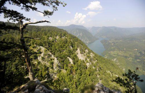 "Šta se to jutros desilo? Građani primetili neobičan FENOMEN, ""obrnuli se"" planine i gradovi u Srbiji"