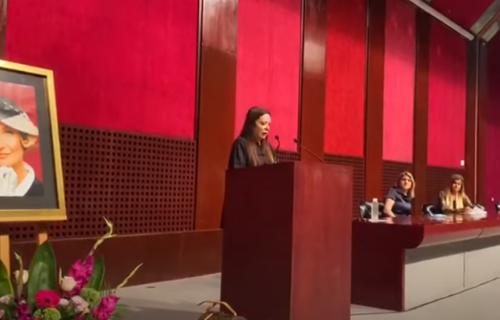 POTRESNO: Ksenija Vučić se kroz SUZE oprostila od Isidore, pa se obratila porodici: Vilo, Lave... (VIDEO)