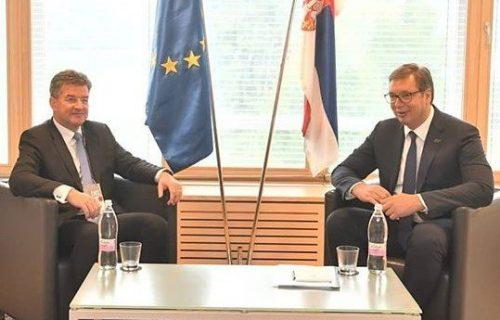 Evropska unija PRITISKA Vučića i Srbiju! Iz Brisela stigle reči koje otkrivaju PRAVU istinu o Kosovu