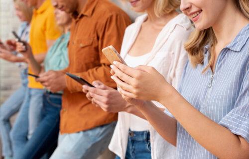 Koliko ste zavisni? Evo šta način korišćenja mobilnog telefona otkriva o vama!