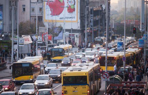 Sudar dva autobusa na Zelenom vencu, saobraćaj otežan