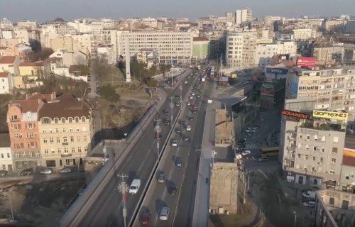 Žena skočila sa Brankovog mosta, policija je spasila u poslednjem trenutku