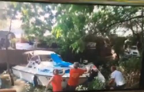 Drama na Dunavu: Pogledajte kako je BROD udario u čamce i RAZNEO ih! (FOTO+VIDEO)