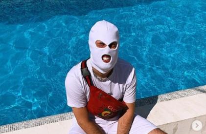 DEVITO konačno skinuo FANTOMKU pa pokazao svoj identitet (FOTO)