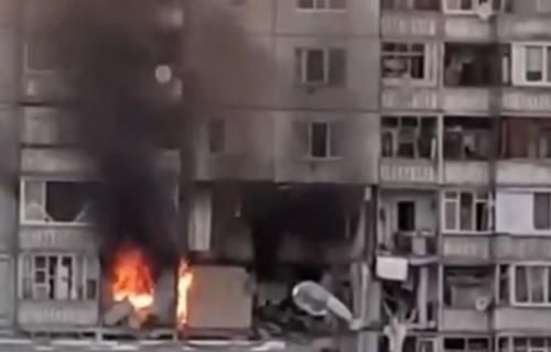 Poginulo DETE, zgrada urušena od 6. sprata do prizemlja: Detalji stravične nesreće u Jaroslavu (VIDEO)