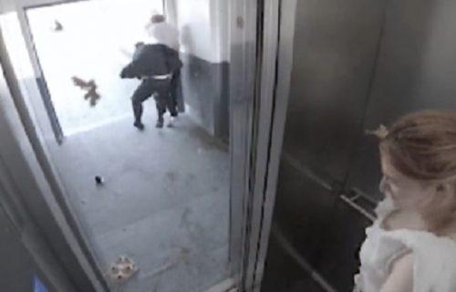 Gde će joj duša? Radnike po izlasku iz lifta pokupio TORNADO, reakcija žene razljutila sve (VIDEO)