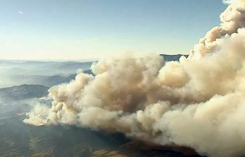 Helikopterima EVAKUIŠU ljude: U Kaliforniji proglašeno VANREDNO stanje!